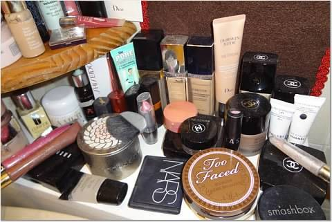 Detailed picture - I like Chanel and Dior very much, but also Creme de la Mer, Guerlain, Bobbi Brown, Clinique, Nars, Benefit... and more :)