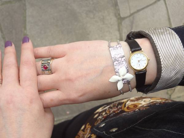 Skip the vein and skin! Dior bracelet, Tissot watch and Nomination jewelry ring