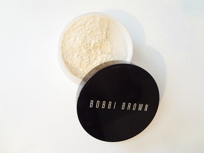 Bobbi Brown loose powder review here