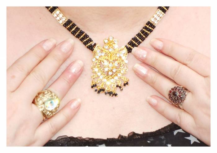 Essie glitter nail polish and this nice Indian necklace, with Topshop golden ring and garnet ring from Prague