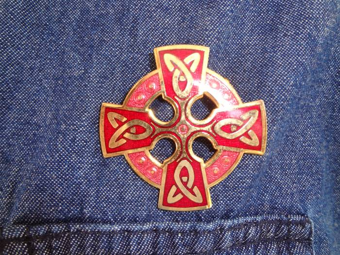 Brooch, from Trinity College (Dublin)