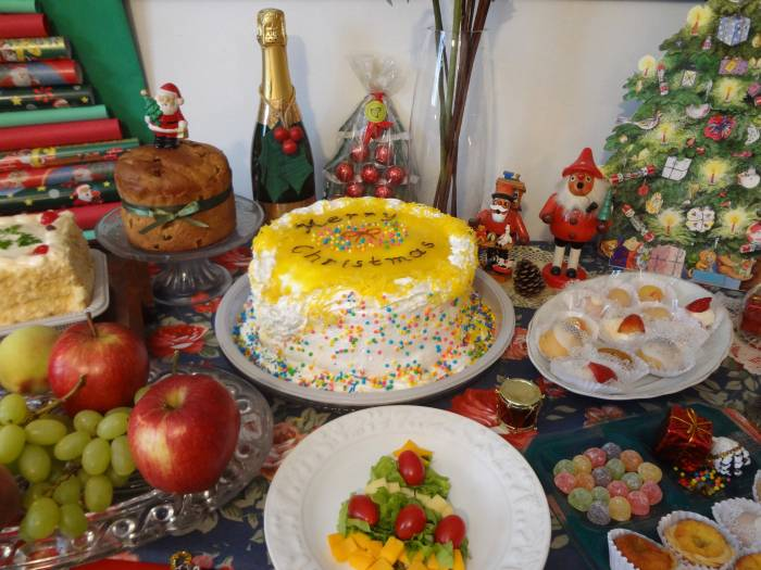 You can see a panettone on the table - no Christmas is complete for me without it!