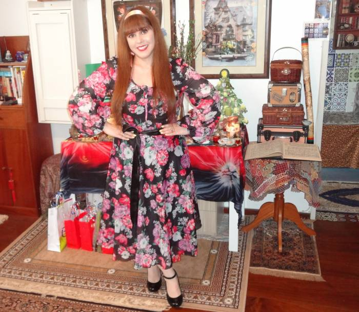 Dec 2015 outfit - I love this dress, by Jobi!