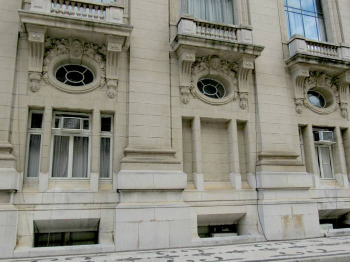 Palace-facade-front