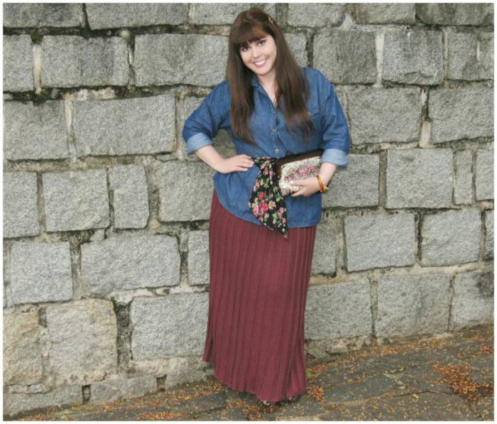 Pleated skirt, Bonneterie. Denim shirt worn here. Scarf worn as a belt, here