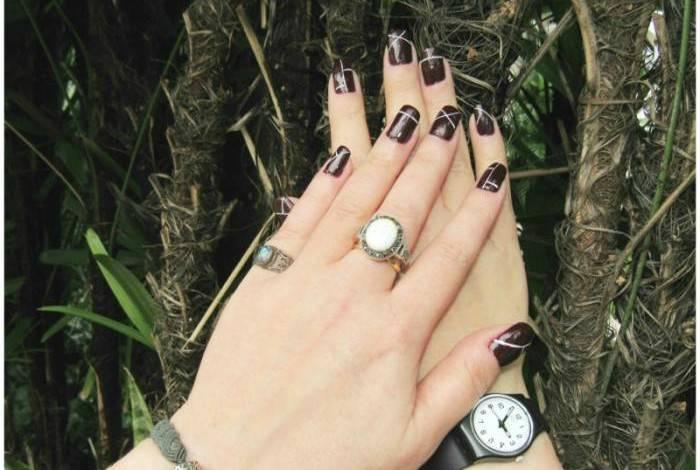 Nail art with Dior nail polish, my favorite ones. Bracelet, Pandora. Watch, Swatch. Opal ring, from Bridgnorth. balone ring, from Hanover