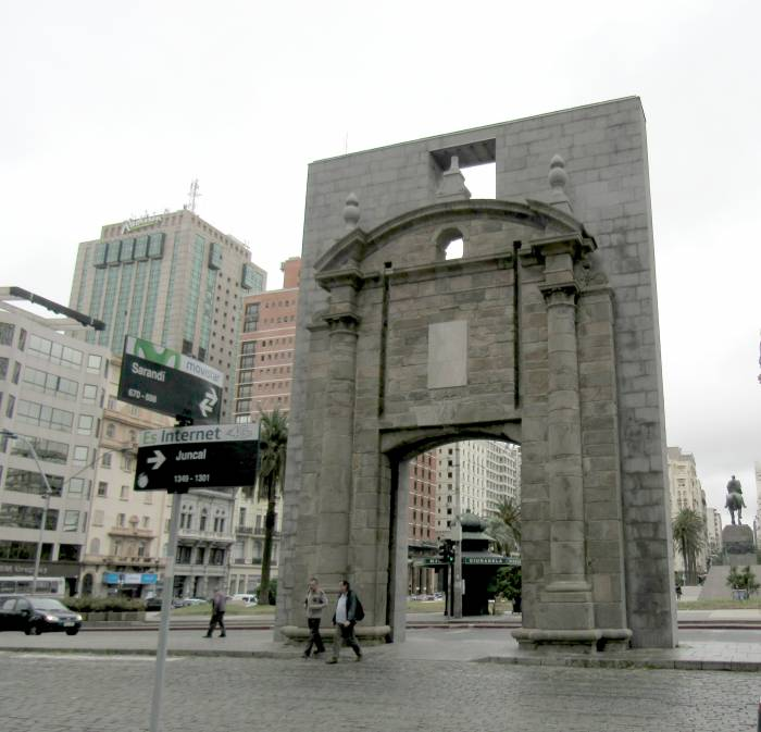 Old Gate of the city